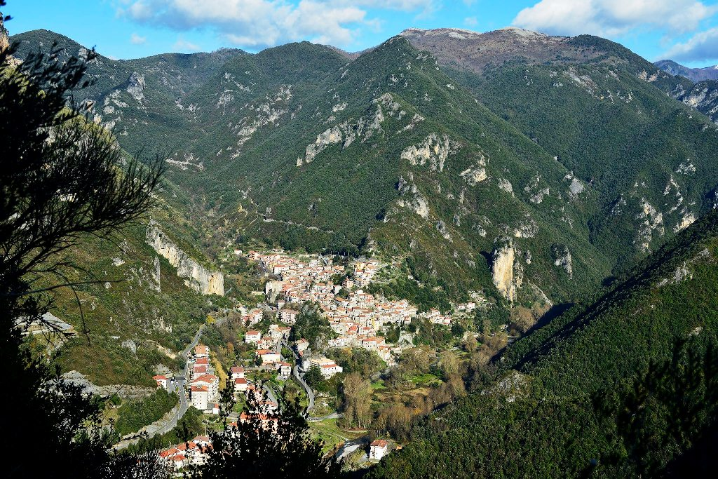 Thumbnail image for /public/upload/2015/2/635598166260963581_Orsomarso_panorama_dalla_Serra.jpg